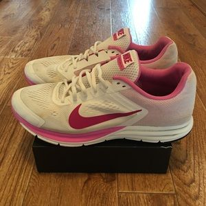 Nike Structure 17 Women's Running Shoes Size 10.5